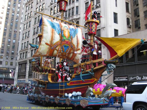 MACYS FREE SHIPPING PROMO CODE 2010